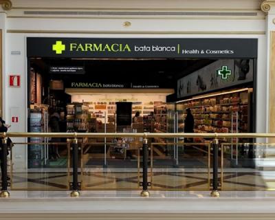 Farmacia Bata Blanca - Proyecto 360º Espacio comercial